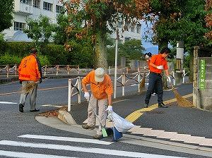 通学路清掃リポート ~落ち葉の季節~