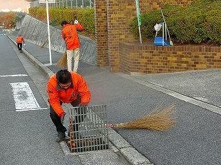 通学路清掃リポート ~低温が続く~
