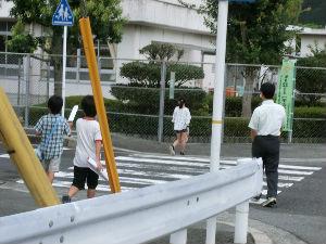通学路清掃リポート ~さわやかな「おはよう」~
