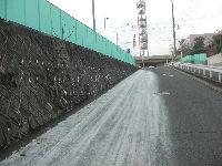 通学路清掃リポート ~陽の当たらない道~